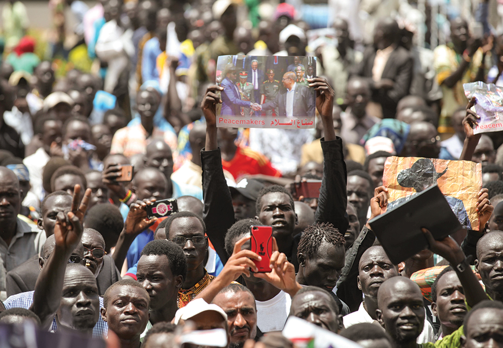 South Sudan's Rivals Sign Agreement on Sharing of Power